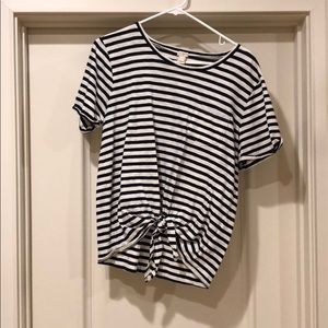 Striped front tie t-shirt